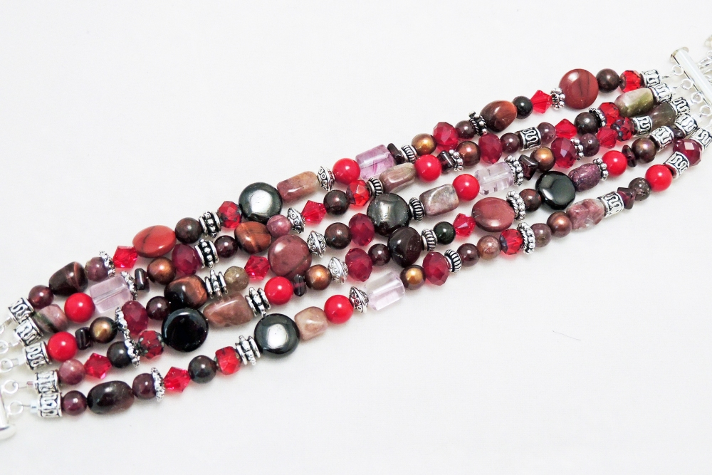 ~ Beaded Jewelry Necklaces and Bracelets (1/6)
