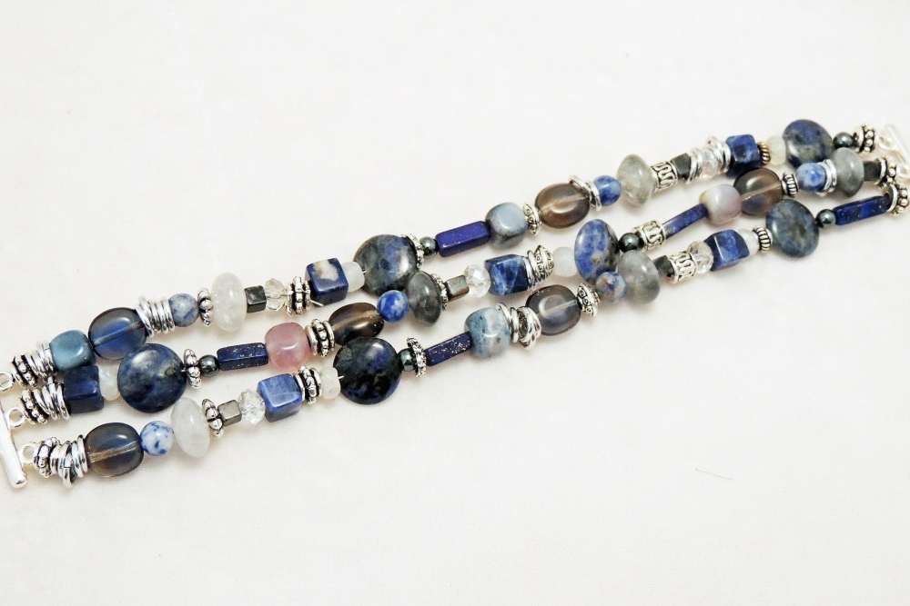 ~ Beaded Jewelry Necklaces and Bracelets (3/6)